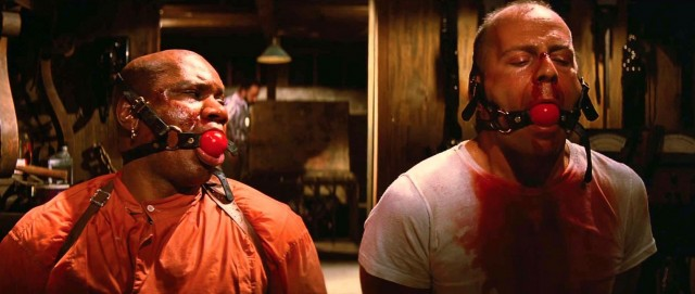 screen-shot-2014-09-14-at-3-22-38-pm-20th-anniversary-tribute-piece-for-pulp-fiction-what-s-in-the-case-by-doaly-png-134187-640x271